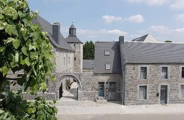 """Résultat de recherche d'images pour """"Château Ferme de Macon"""""""